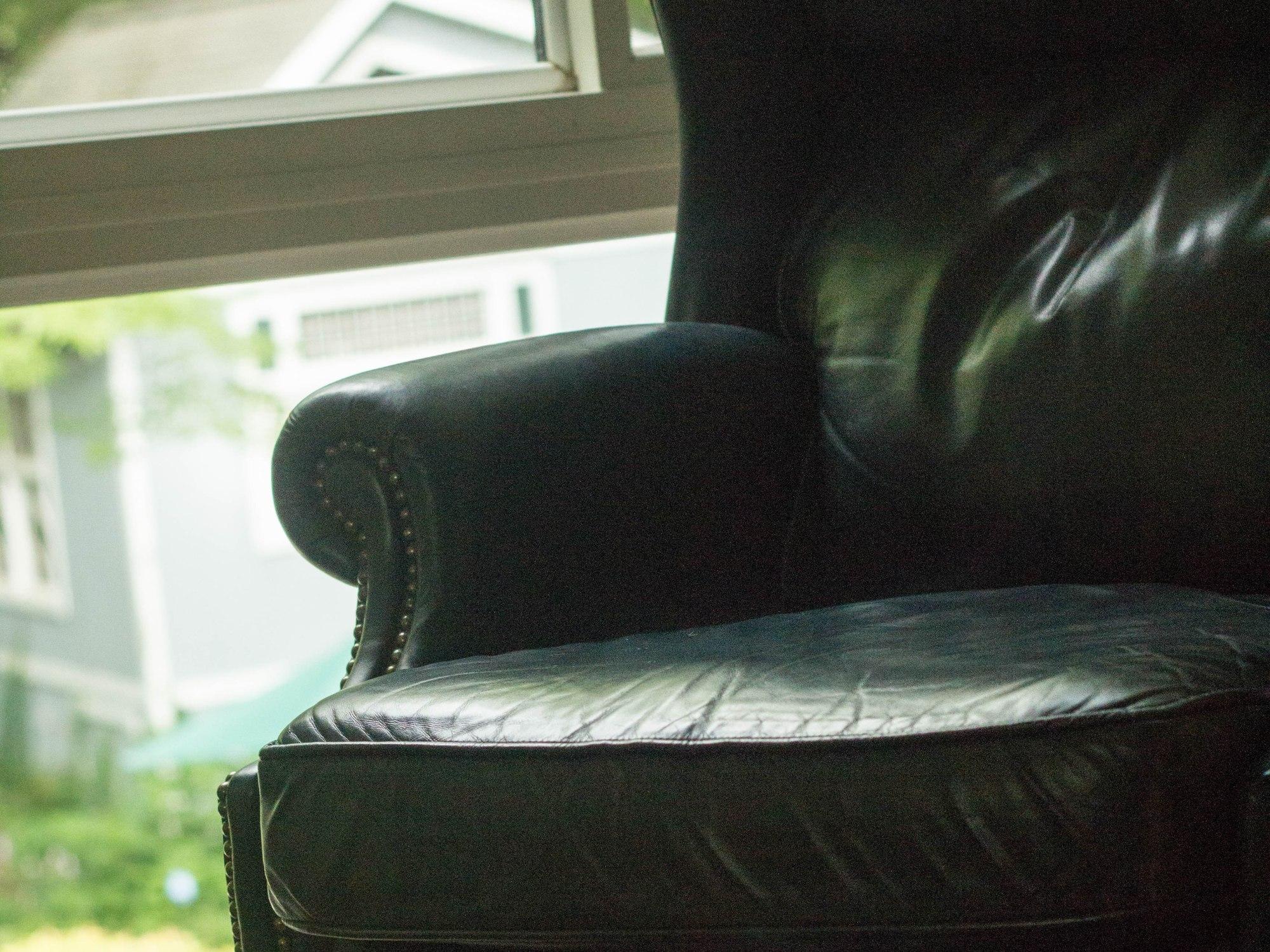 blue armchair, TowniesWS.com