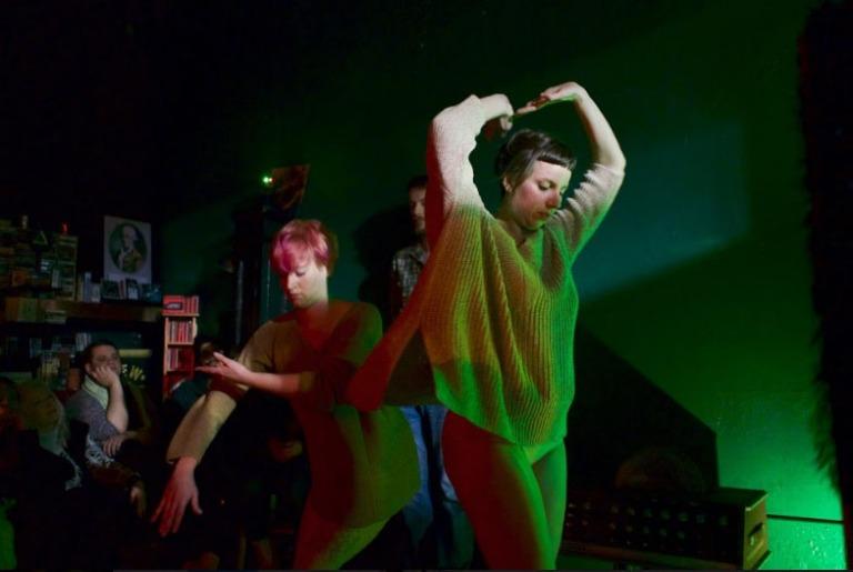Caitlyn Swett, Performance at Mesmerizer Records | Photo by Jon Pfundstein